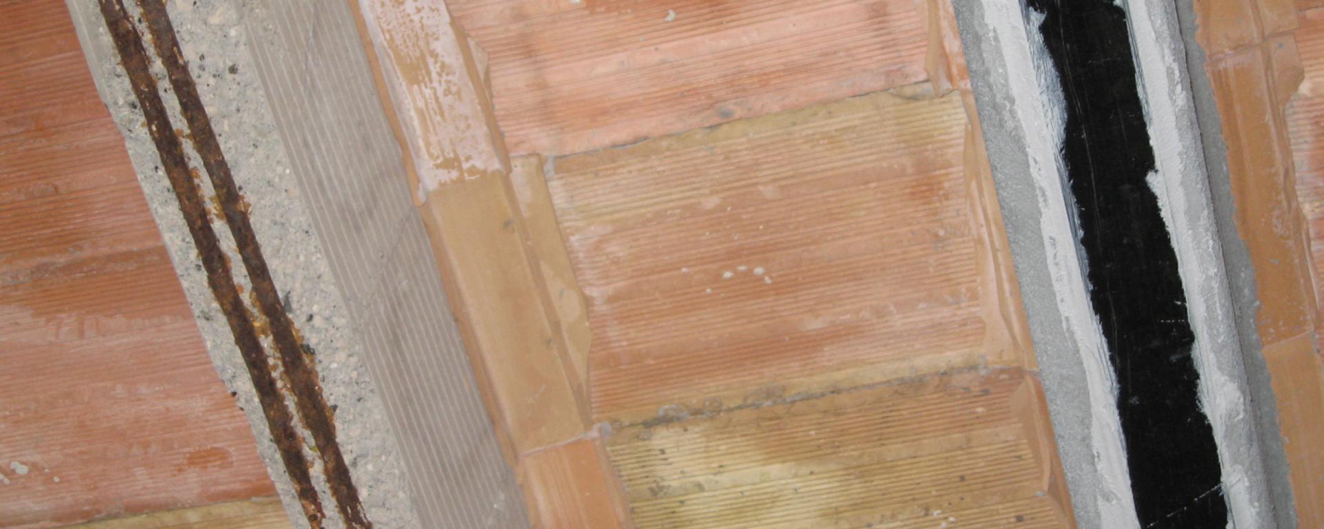 Ripristino Solaio Latero Cemento sistema di riparazione e rinforzo con lamine in frp per