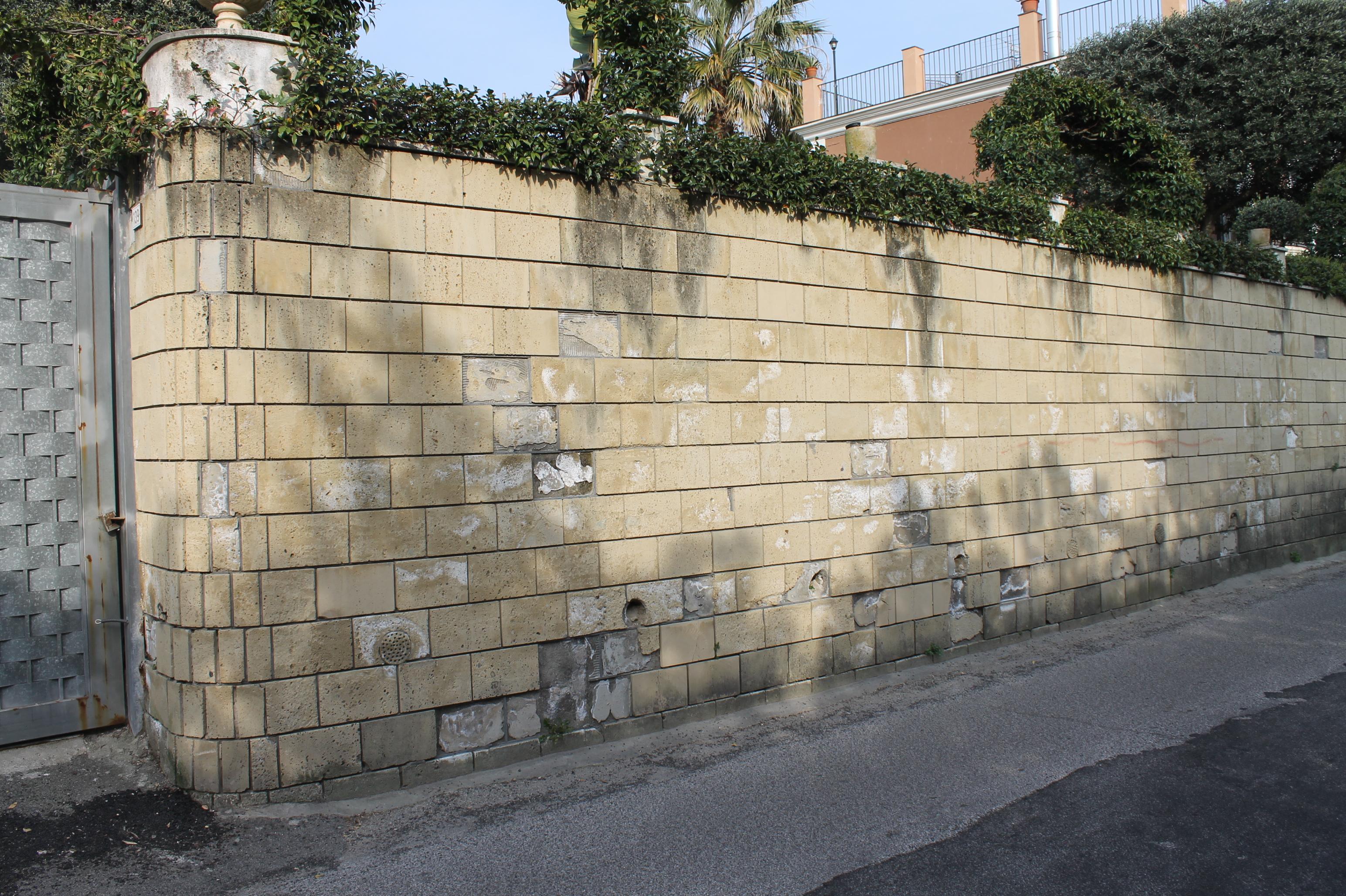 Foto Muretti Di Tufo.Il Risanamento Di Muri Di Sostegno Terrapieni In Tufo
