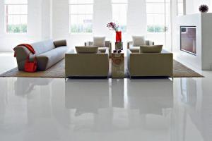 Pavimento In Resina Bianco.Pavimenti In Resina Belli E Funzionali Ma Attenzione All